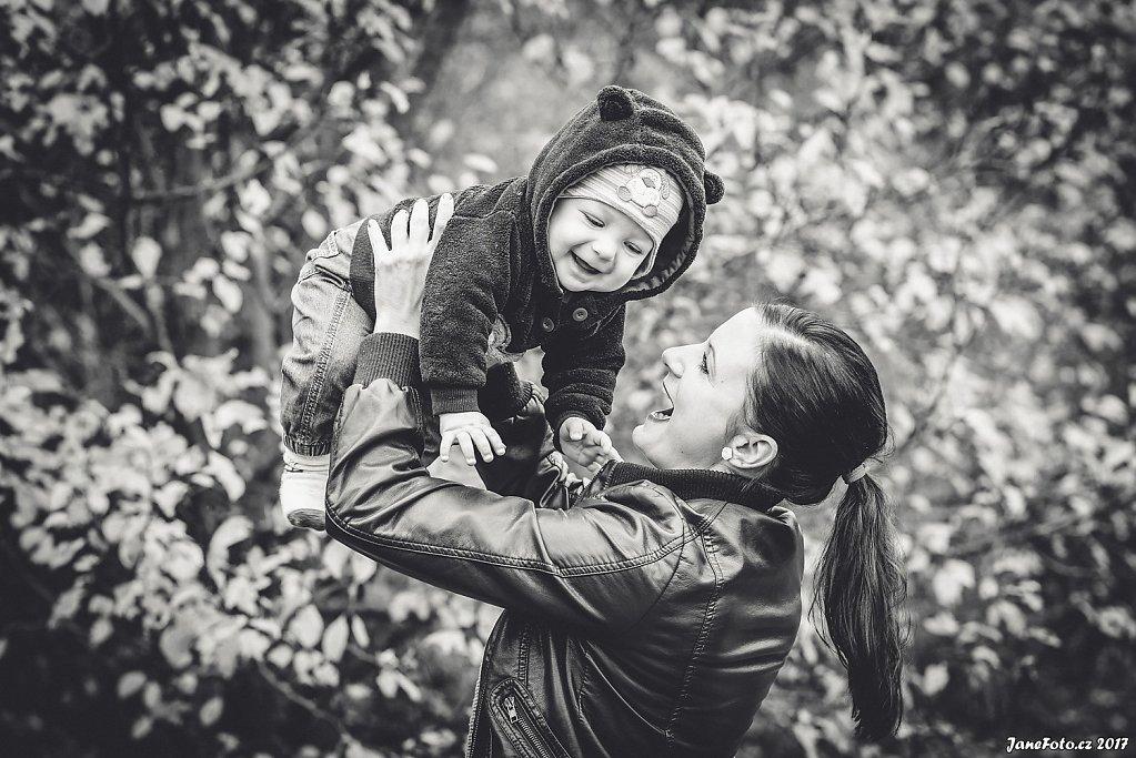 Rodiny, děti a miminka